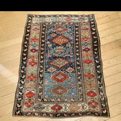 tapis caucasien