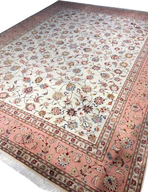 grand tapis iranien tabriz soie fond creme et bordure saumon