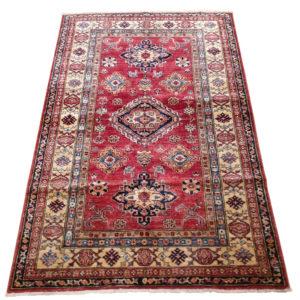 tapis kazak moyenne taille à bordure multiple