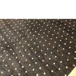 tapis fait main noir oriental